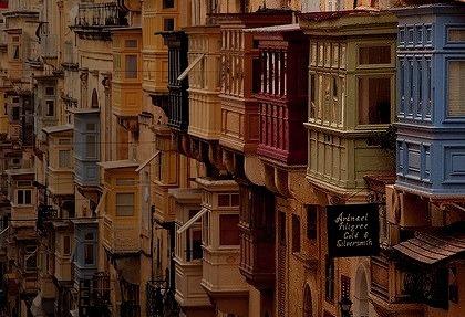 Balconies, Malta