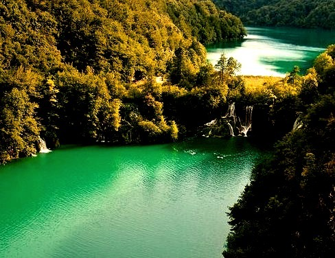 by Rob Hogeslag on Flickr.The beautiful blue waters of Plitvice National Park in Croatia.