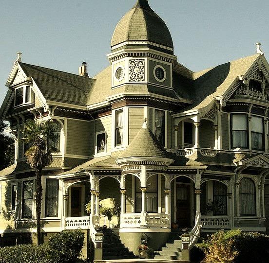 Beautiful victorian house in Alameda, California, USA