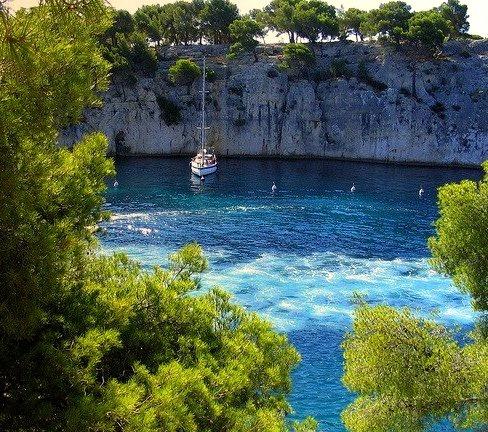 Port Miou en Calanque de Cassis, French Riviera, France